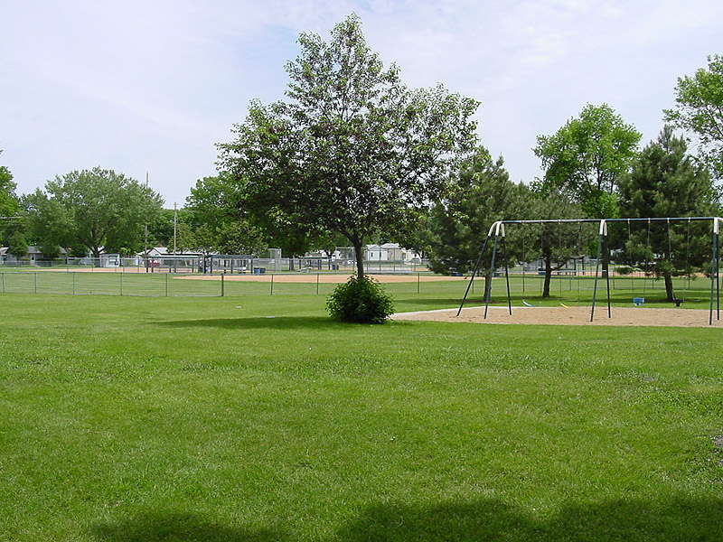 /upload/images/parks/elmwood/2044.jpg