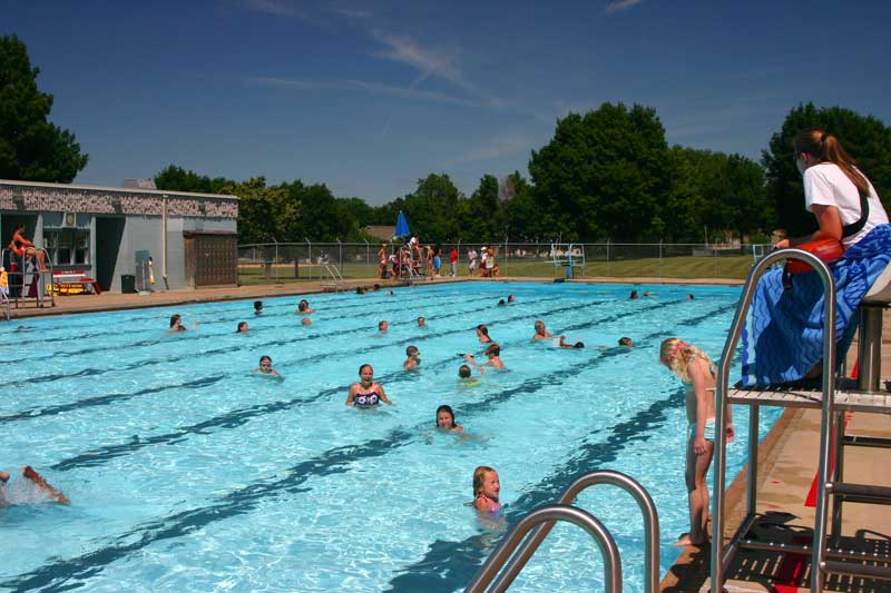 /upload/images/parks/frank_olson_pool/wide-2.jpg