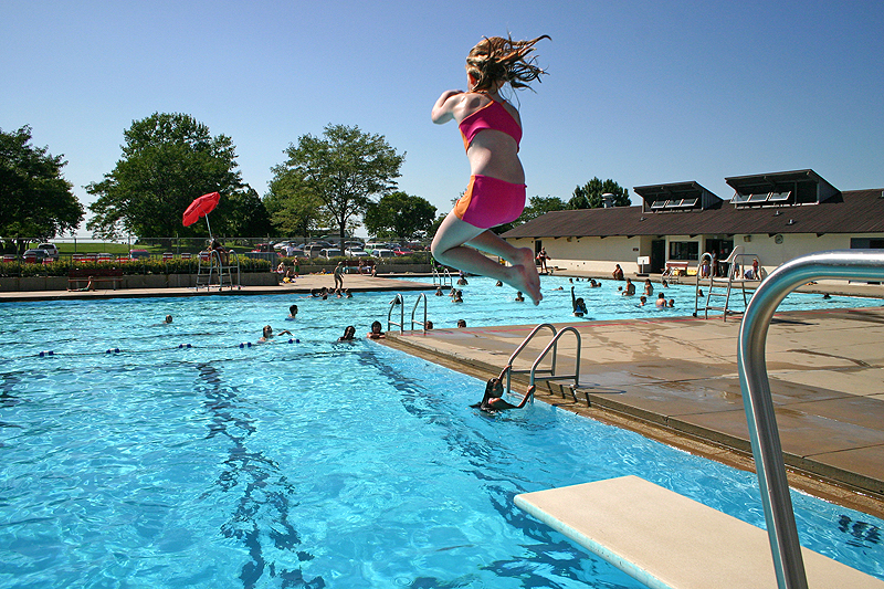 /upload/images/parks/keuhn pool/diving board 1.jpg