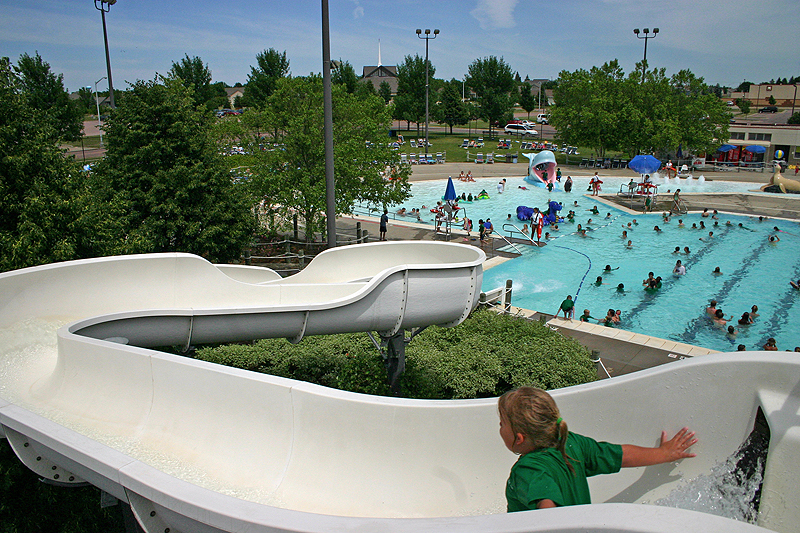 /upload/images/parks/laurel_oak_pool/waterslide 1.jpg