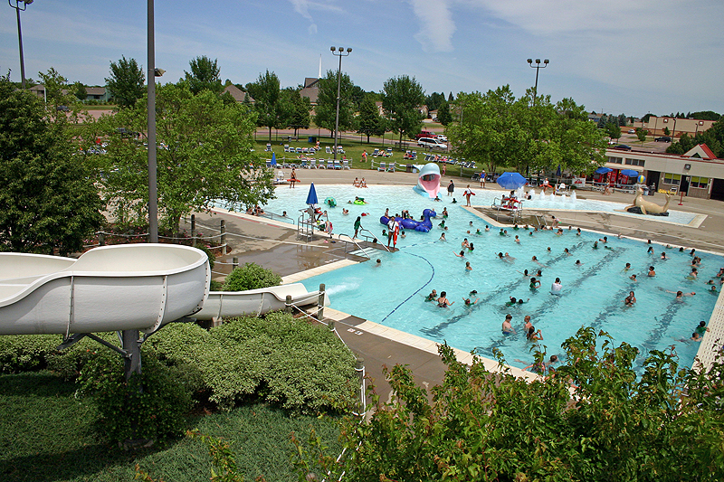 /upload/images/parks/laurel_oak_pool/wide high 3.jpg