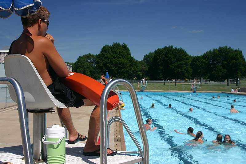 /upload/images/parks/frank_olson_pool/wide-4.jpg