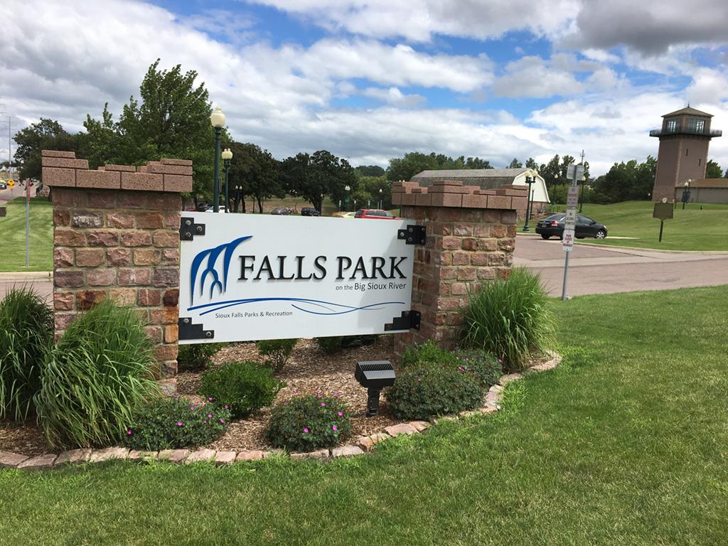 city of sioux falls falls park