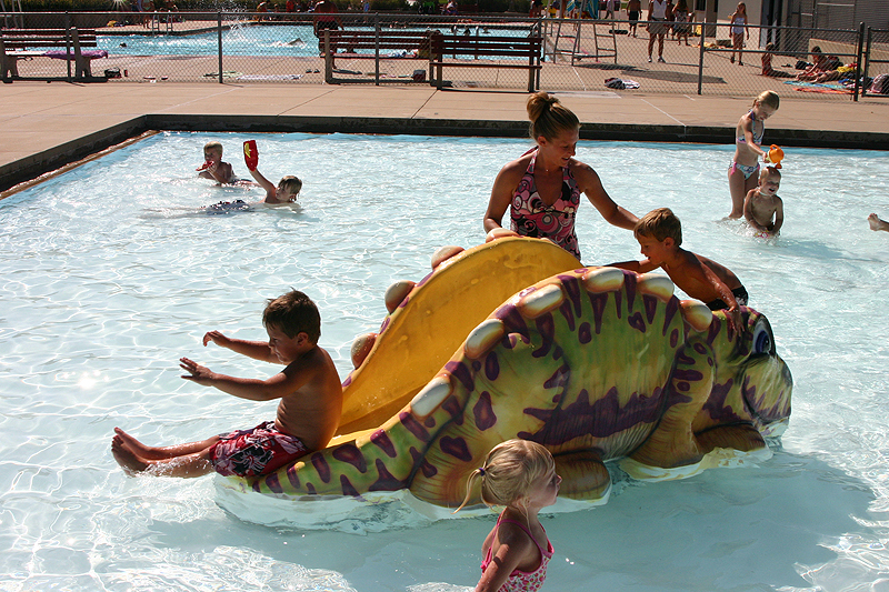 /upload/images/parks/keuhn pool/wading pool - slide 4.jpg