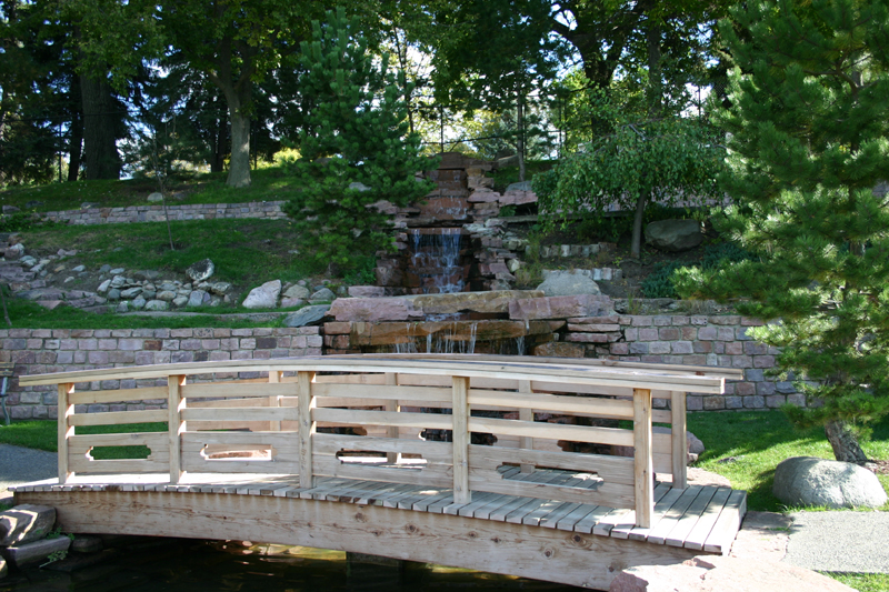 /upload/images/parks/terrace_japanese_gardens/bridge 4.jpg