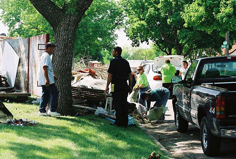 /upload/images/planning/2007/neighborhoods/whittier/cleanup059.jpg